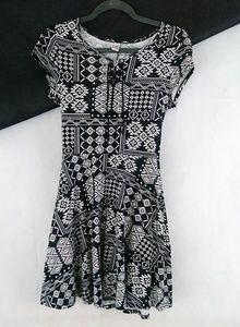 Justice Black & White Pattern Dress Size 18